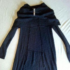 Kensie long sleeve black knit dress